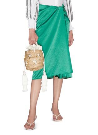 Figure View - Click To Enlarge - LE NINÈ - 'Carol' small shell embellished tassel strap basket bag
