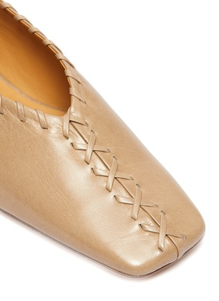 Detail View - Click To Enlarge - JIL SANDER - Metal ankle ring stitching detail ballerina flats