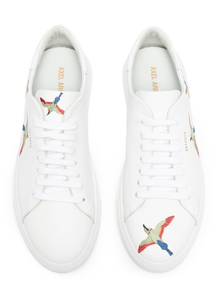 Detail View - Click To Enlarge - AXEL ARIGATO - 'Clean 90' bird embroidered sneakers