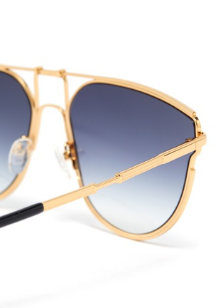 Detail View - Click To Enlarge - MATTHEW WILLIAMSON - 'D' metal frame gradient lenses sunglasses
