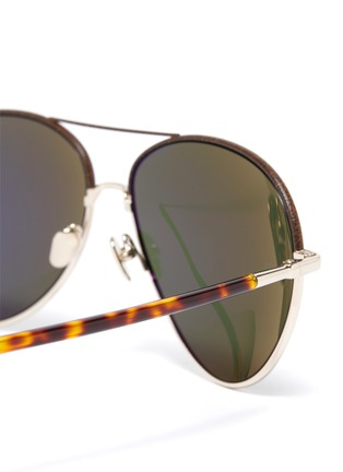 Detail View - Click To Enlarge - LINDA FARROW - metal frame tortoiseshell effect temples aviator sunglasses