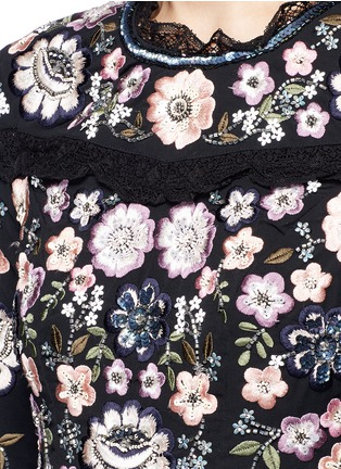 Detail View - Click To Enlarge - Needle & Thread - Embroidered lace prom dress