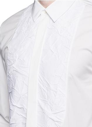 Detail View - Click To Enlarge - Maison Margiela - Crinkled bib poplin shirt
