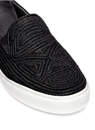 Detail View - Click To Enlarge - Robert Clergerie - 'Tribal' Raffia palm espadrille slip-ons