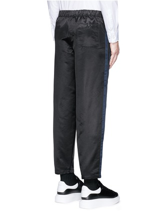 Back View - Click To Enlarge - ALEXANDER MCQUEEN - Side stripe satin cropped jogging pants