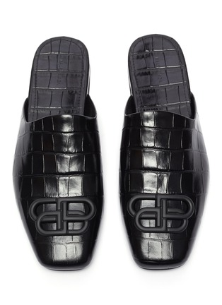 Detail View - Click To Enlarge - BALENCIAGA - 'Cosy' BB logo embellished croc embossed leather mules