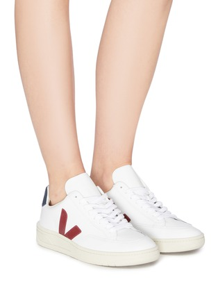 Figure View - Click To Enlarge - VEJA - 'V-12' colourblock leather sneakers