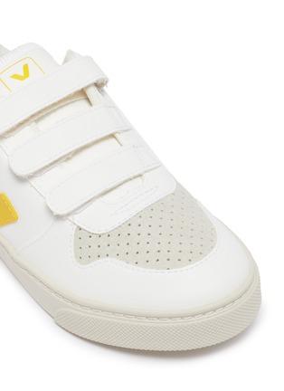 Detail View - Click To Enlarge - VEJA - 'V-10' vegan leather kids sneakers