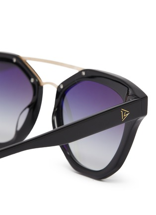 Detail View - Click To Enlarge - DONNIEYE - 'Honneur' Star Round Acetate Frame Sunglasses