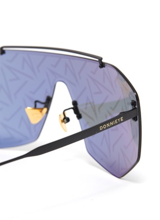 Detail View - Click To Enlarge - DONNIEYE - 'Desire' Visor sunglasses