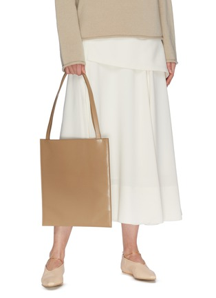 Figure View - Click To Enlarge - THE ROW - Flat' leather tote