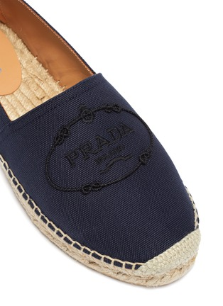 Detail View - Click To Enlarge - PRADA - Logo embroidered espadrille slip-ons