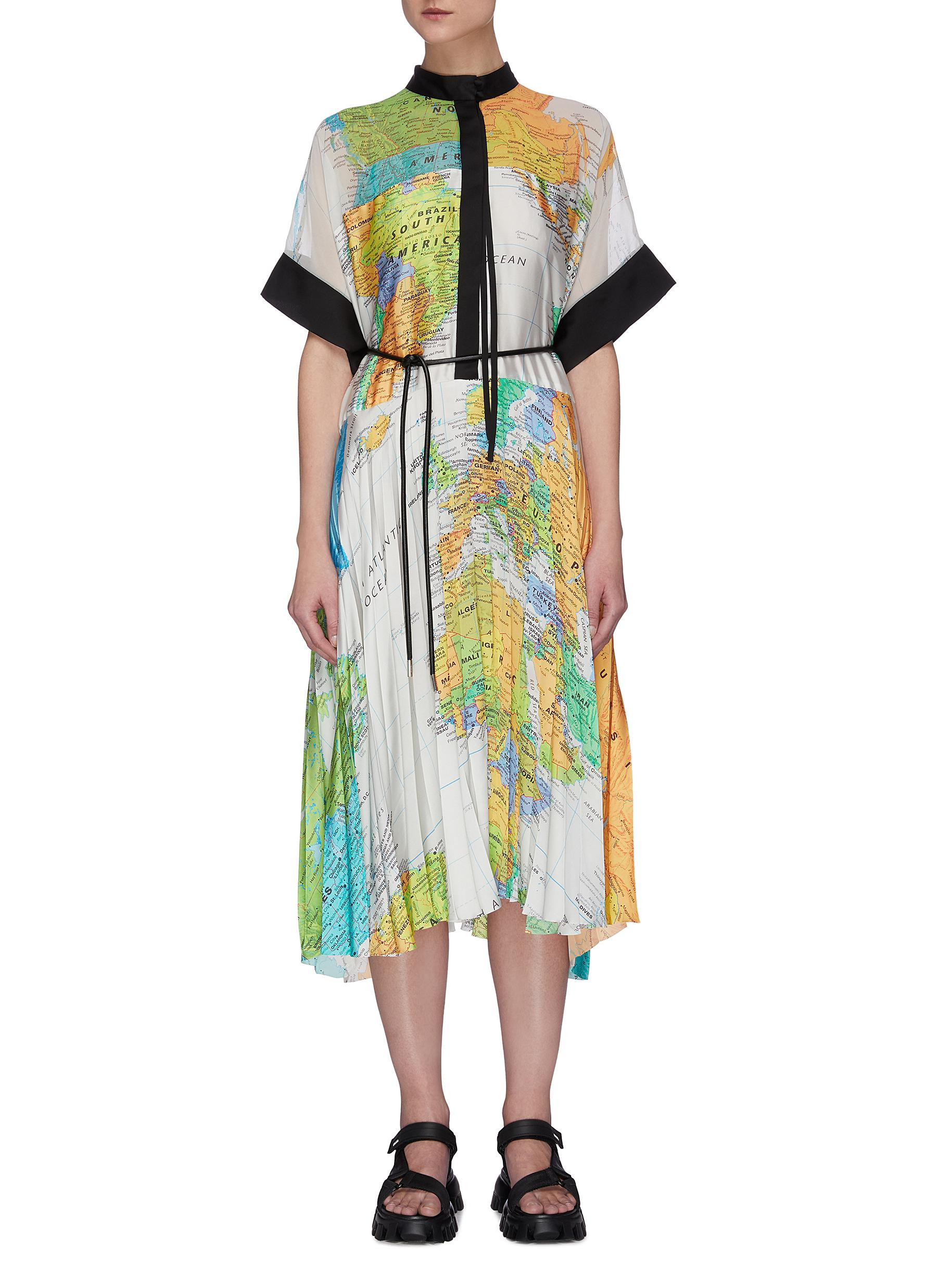 shop Sacai World map pleated kimono dress online