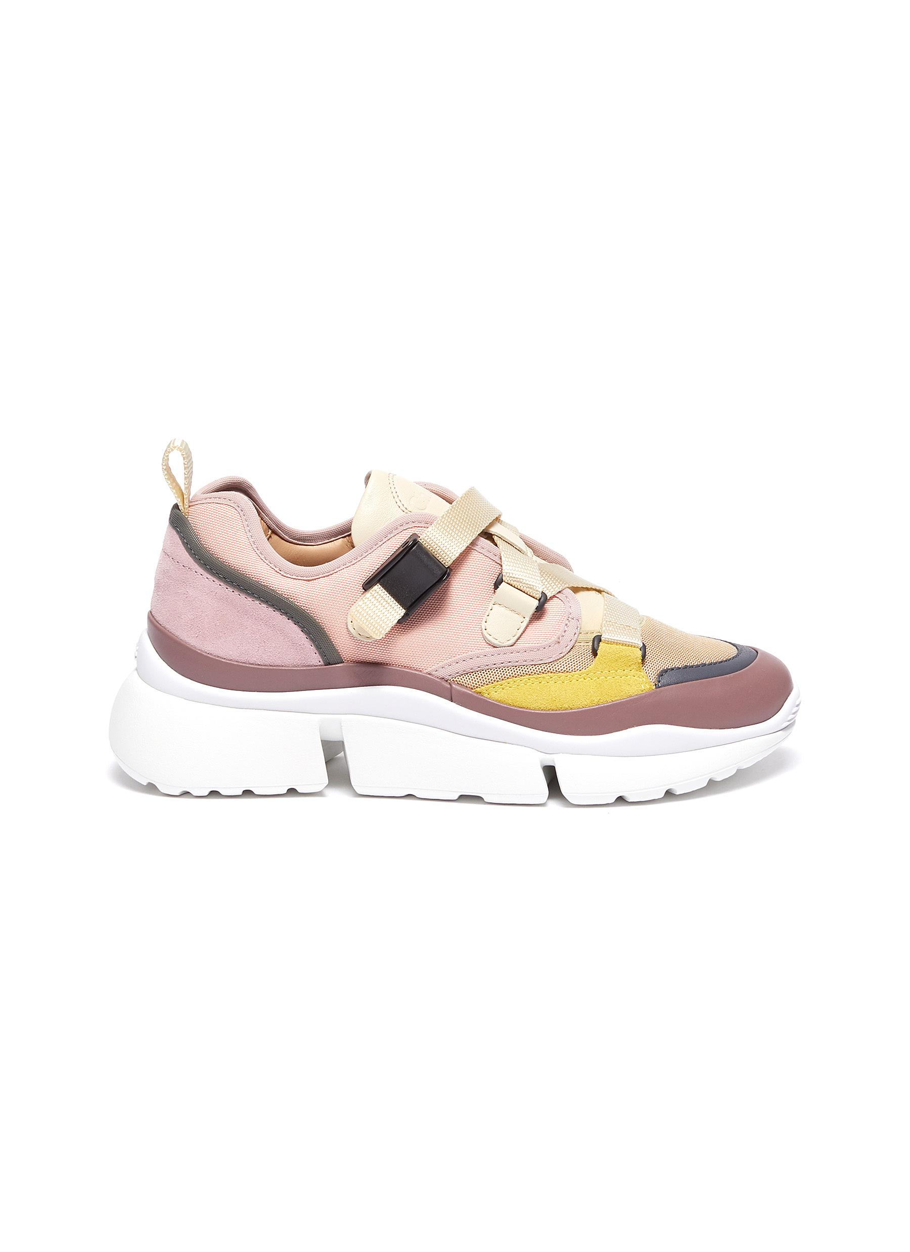 Chloé Sneakers Sonnie chunky outsole low top colourblock sneakers