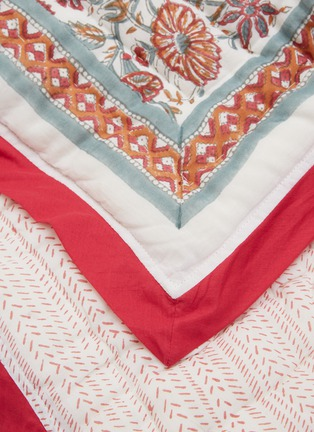 Detail View - Click To Enlarge - MALABAR BABY - Reversible Cotton Quilt – Provence Pink