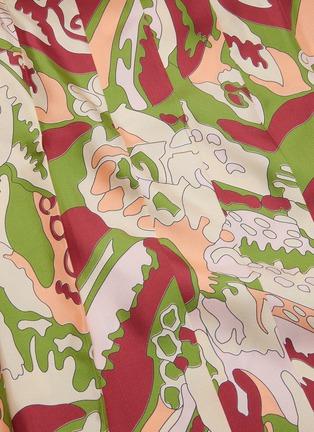 - VICTORIA BECKHAM - Abstract print back pleat silk wrap skirt