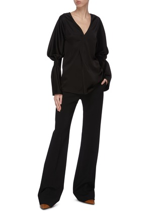 Figure View - Click To Enlarge - VICTORIA BECKHAM - Asmmmetric detail gather sleeve top