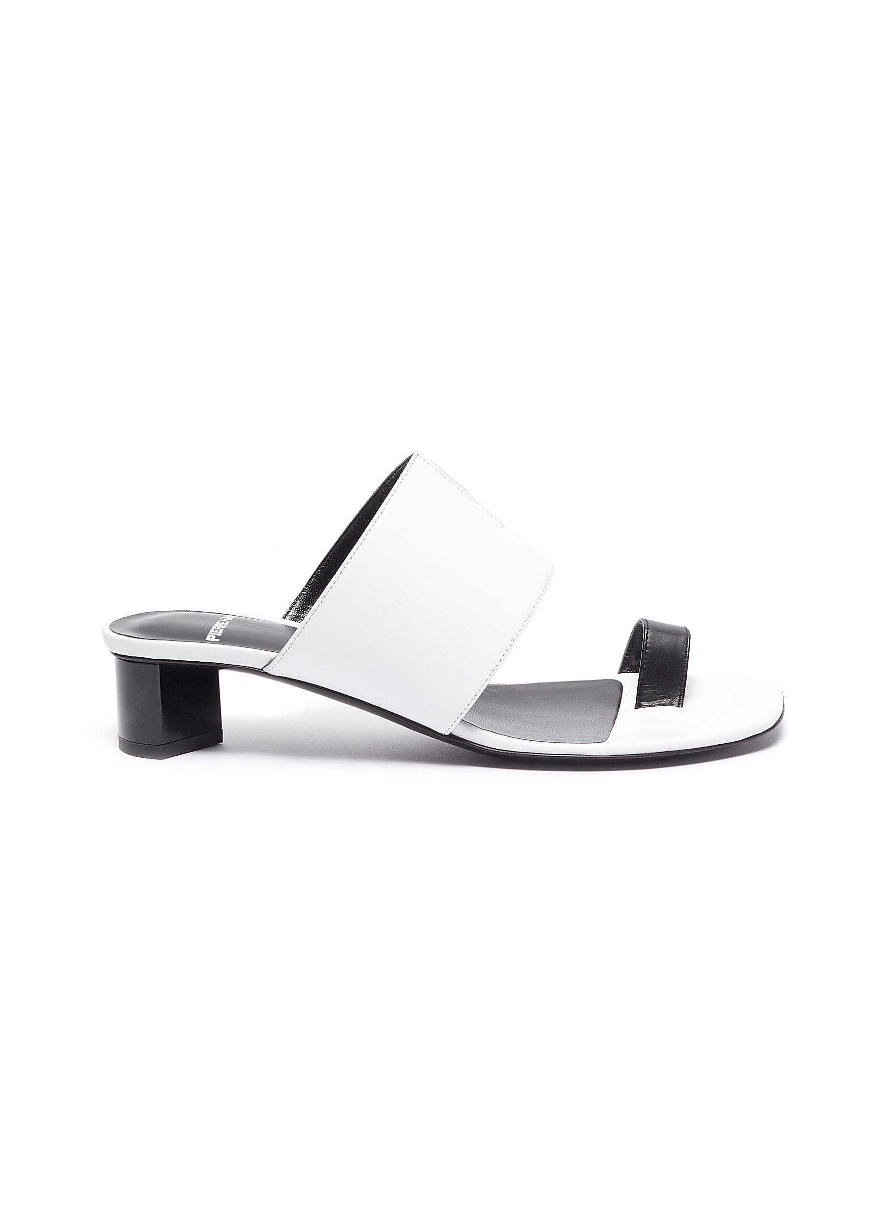 Pierre Hardy Low Heels V Linea contrast toe ring leather sandals