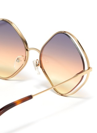 Detail View - Click To Enlarge - CHLOÉ - 'Poppy' oversized rhombus metal frame sunglasses
