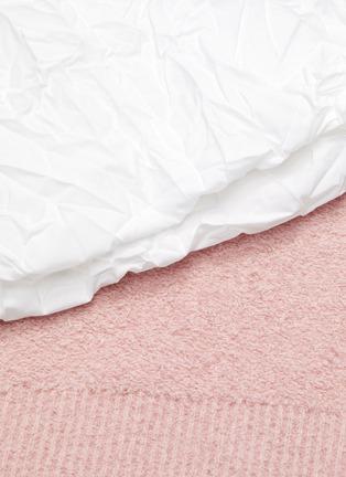 - SHORT SENTENCE - Oversized wrinkled sleeves knit top