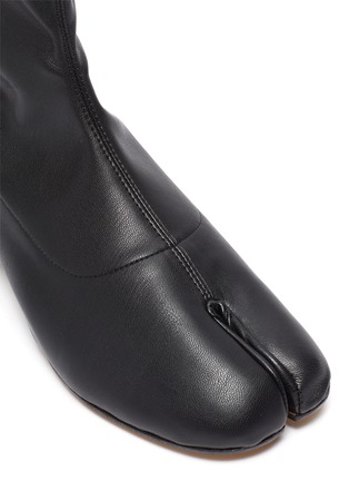 Detail View - Click To Enlarge - MAISON MARGIELA - 'Tabi' leather ankle boot