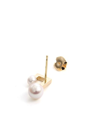 Detail View - Click To Enlarge - TASAKI - 'Balance' akoya pearl 18k yellow gold earrings