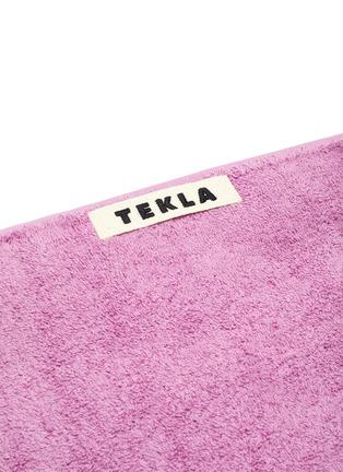 Detail View - Click To Enlarge - TEKLA - Organic Cotton Bath Sheet – Magenta