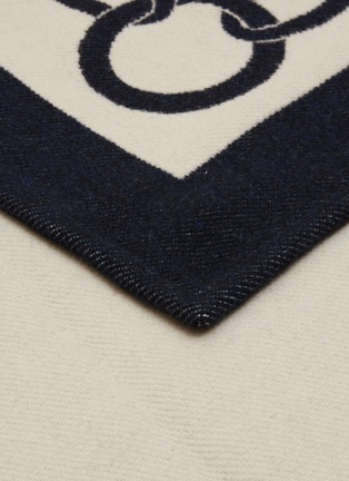 Detail View - Click To Enlarge - FRETTE - Chains Throw – Navy/Savage