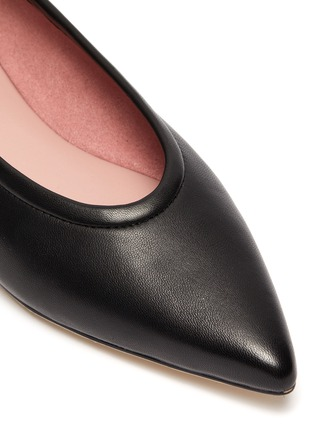 Detail View - Click To Enlarge - PEDDER RED - Alicia' ankle chain leather skimmer flats