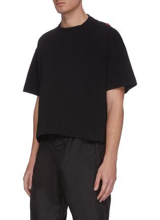 Detail View - Click To Enlarge - AMBUSH - Contrast straps T-shirt