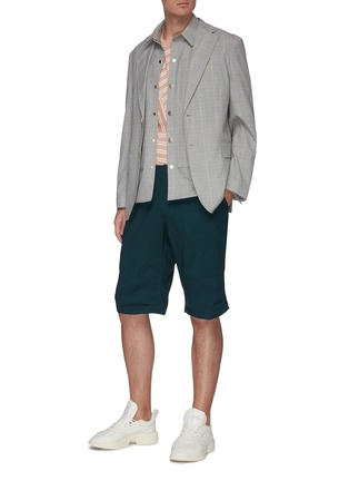 Figure View - Click To Enlarge - UNCENSORED - Classic military shorts