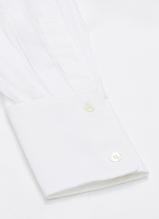 - UNCENSORED - Classic pleated sleeve shirt