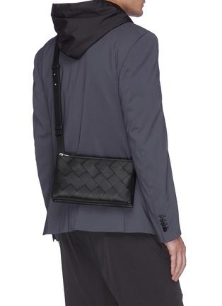 Figure View - Click To Enlarge - BOTTEGA VENETA - Intreccio leather crossbody bag