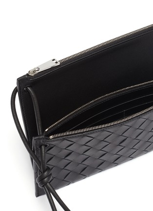 Detail View - Click To Enlarge - BOTTEGA VENETA - Intreccio leather pouch with a wallet