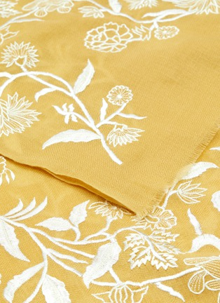 Detail View - Click To Enlarge - JANAVI - Floral placement cashmere scarf