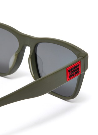 Detail View - Click To Enlarge - BURBERRY - Matte acetate frame square sunglasses