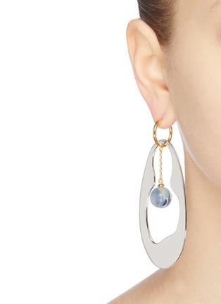 Figure View - Click To Enlarge - EJING ZHANG - 'Tadema' resin drop earrings