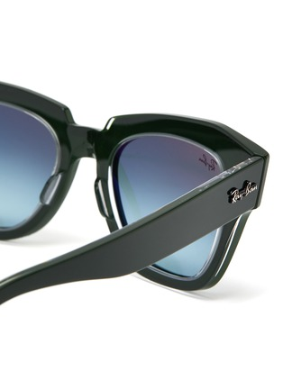 Detail View - Click To Enlarge - RAY-BAN - 'Wayfarer' acetate bold frame sunglasses