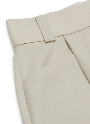 - LOW CLASSIC - Half turn up relaxed shorts