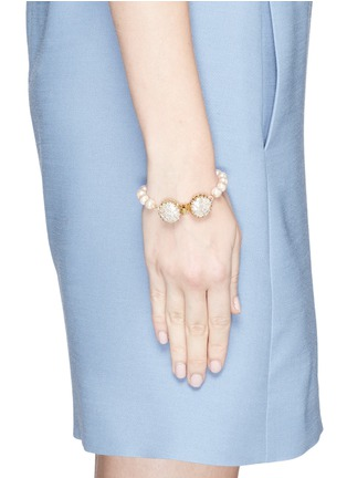 Figure View - Click To Enlarge - Miriam Haskell - Caged Baroque glass pearl bracelet