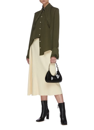 Figure View - Click To Enlarge - JW ANDERSON - Oversize layered collar pearl button silk blouse