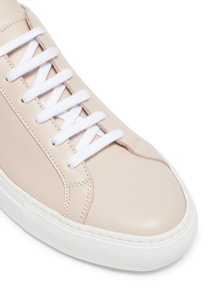 Detail View - Click To Enlarge - COMMON PROJECTS - 'Original Achilles' low top lace up leather sneakers