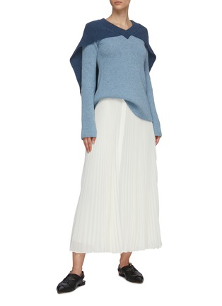 Figure View - Click To Enlarge - JW ANDERSON - Cape detail V neck rib knit sweater