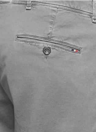 Detail View - Click To Enlarge - MONCLER - 'Pantalone' garment dye cotton shorts