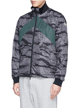 Front View - Click To Enlarge - MONCLER - 'Gauguin' camouflage reversible jacket