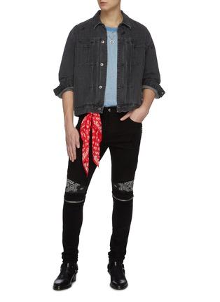 Figure View - Click To Enlarge - AMIRI - MX2' bandana panelled zip knee dark wash jeans