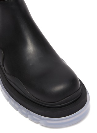 Detail View - Click To Enlarge - BOTTEGA VENETA - Clear sole low Chelsea boots