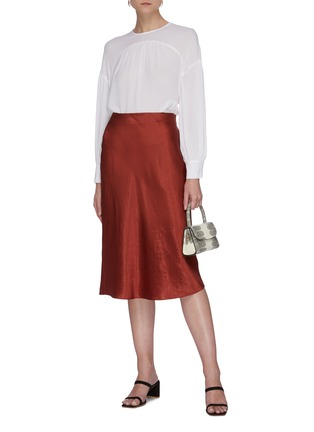 Figure View - Click To Enlarge - VINCE - Shirred panelled silk blouse