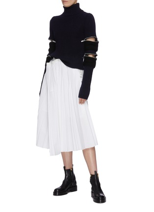 Figure View - Click To Enlarge - SACAI - Zip sleeve turtleneck rib knit top