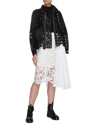 Figure View - Click To Enlarge - SACAI - Paisley lace panel pleated midi skirt